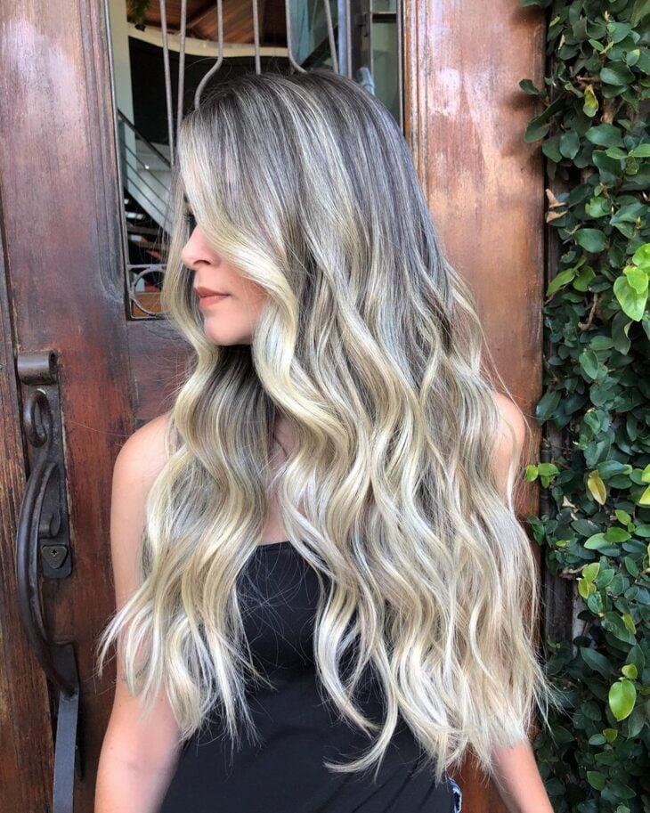cabelo preto com luzes 26