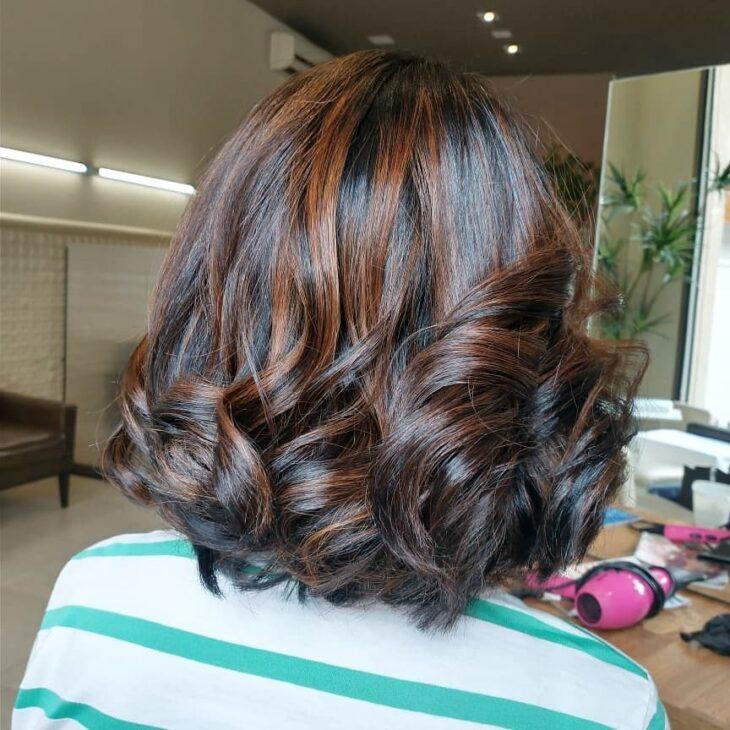 cabelo preto com luzes 34