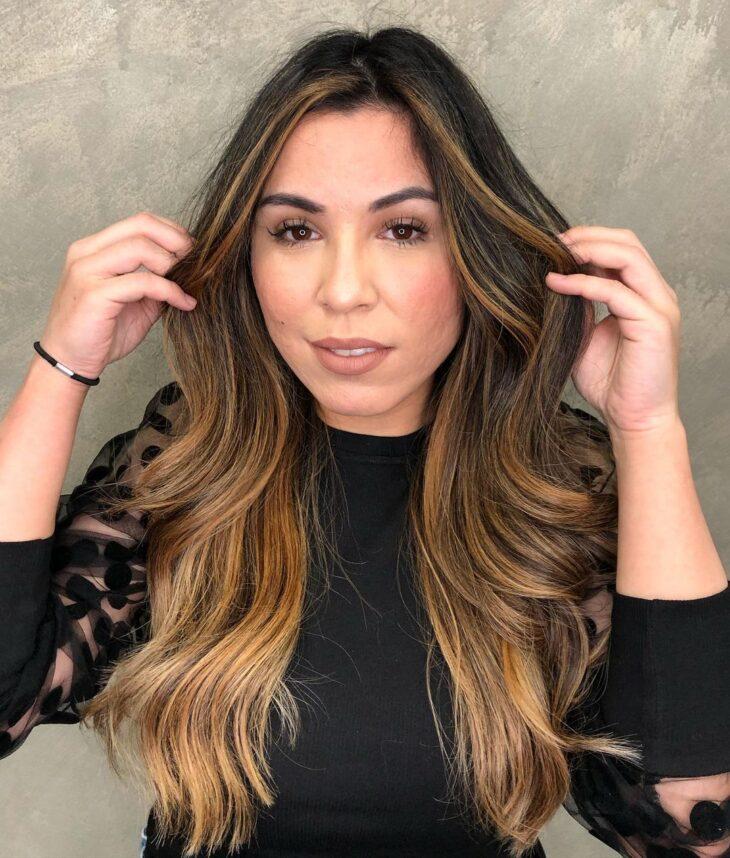 cabelo preto com luzes 43