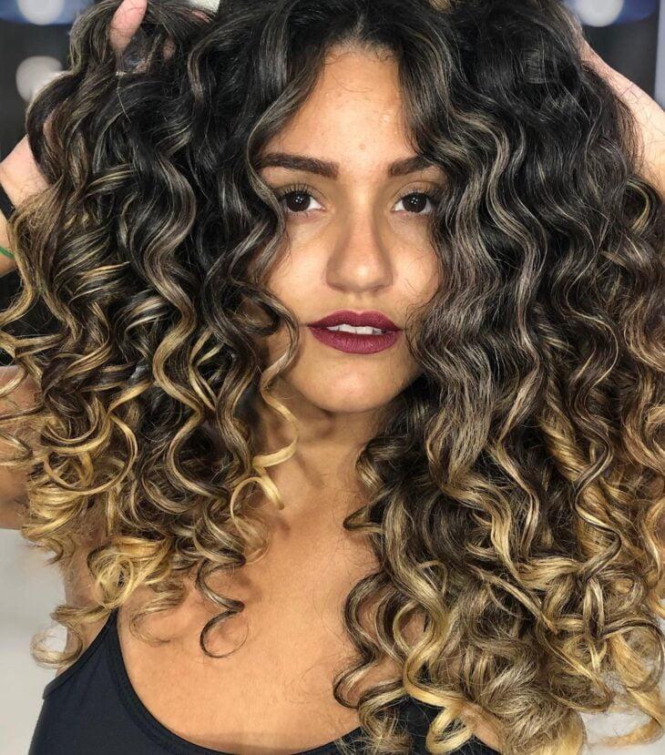 cabelo preto com luzes 11