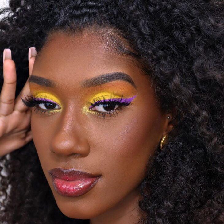 maquiagem amarela 43