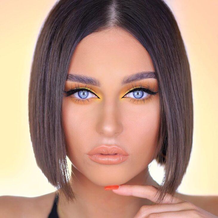 maquiagem amarela 19