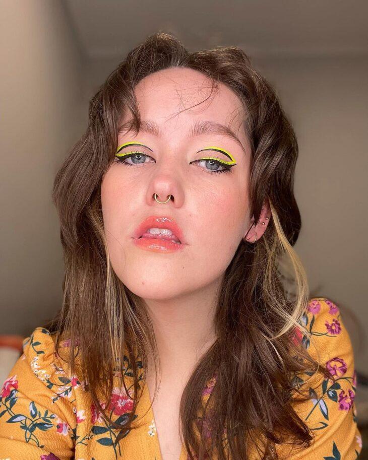 maquiagem amarela 40