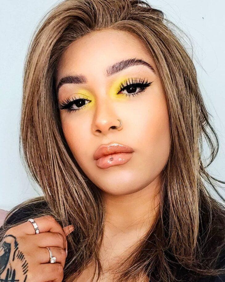 maquiagem amarela 17