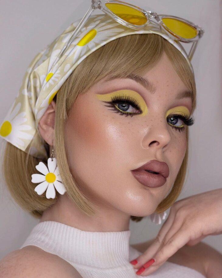 maquiagem amarela 36