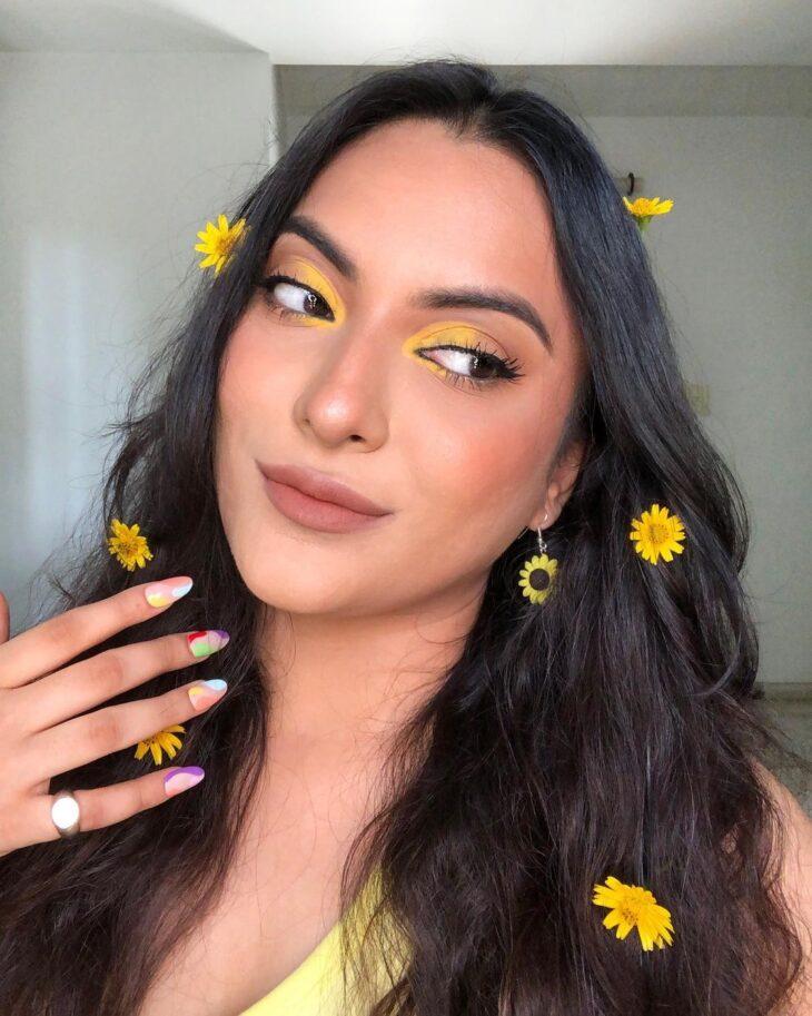 maquiagem amarela 37