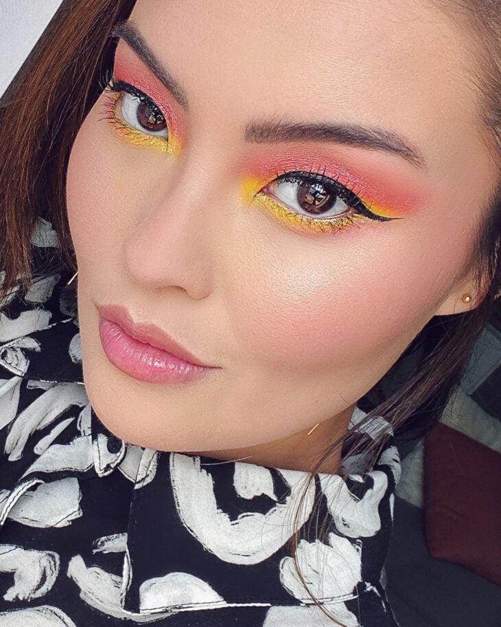 maquiagem amarela 11