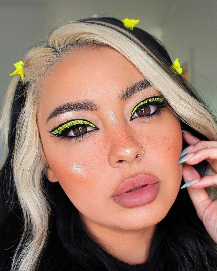 maquiagem amarela 14