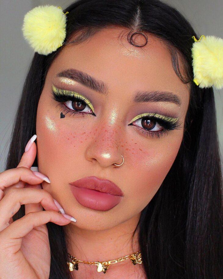 maquiagem amarela 27