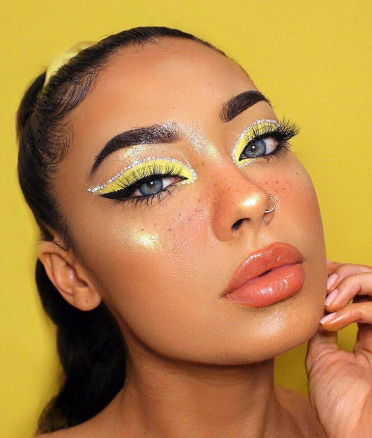 maquiagem amarela 7