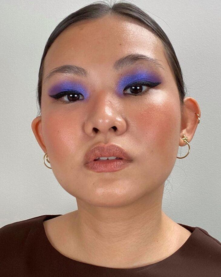 40 ideias de maquiagem roxa para fugir do tradicional e esbanjar estilo - 6
