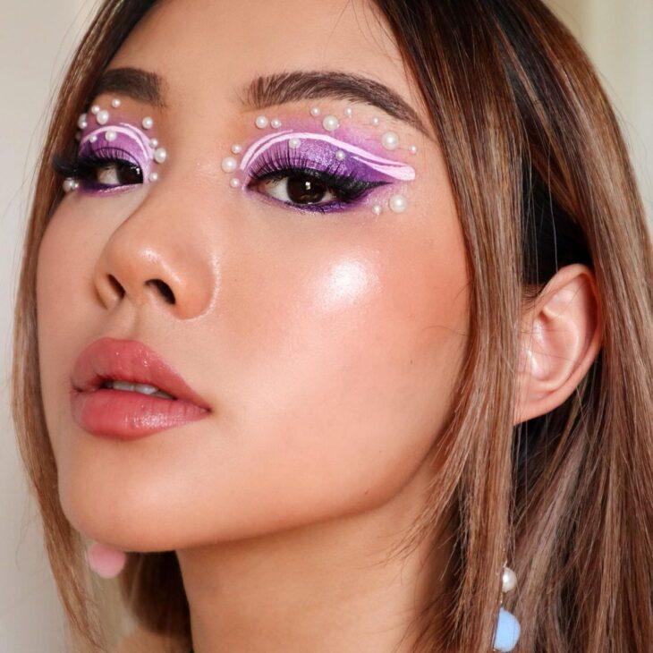 40 ideias de maquiagem roxa para fugir do tradicional e esbanjar estilo - 19