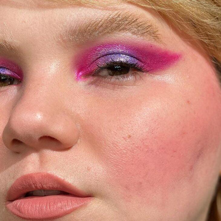 40 ideias de maquiagem roxa para fugir do tradicional e esbanjar estilo - 20