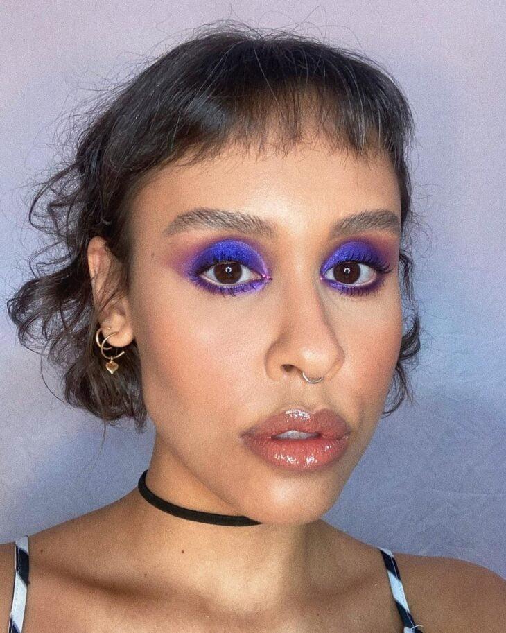 40 ideias de maquiagem roxa para fugir do tradicional e esbanjar estilo - 27