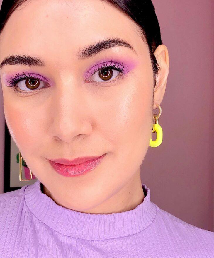 40 ideias de maquiagem roxa para fugir do tradicional e esbanjar estilo - 3