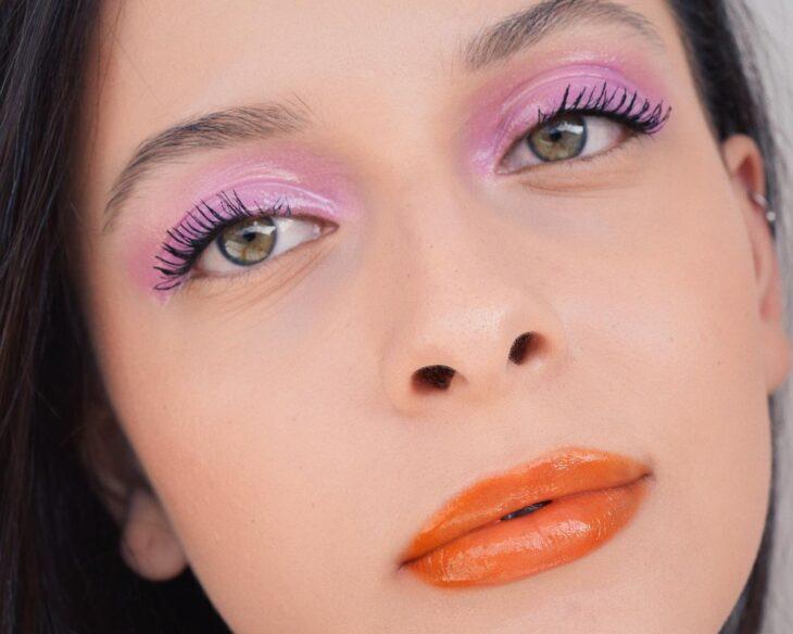 40 ideias de maquiagem roxa para fugir do tradicional e esbanjar estilo - 34