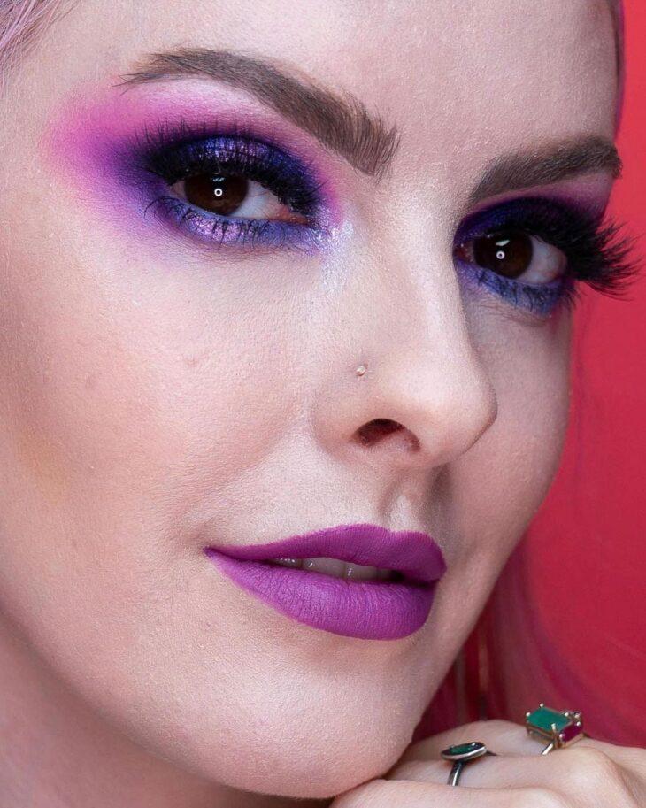 40 ideias de maquiagem roxa para fugir do tradicional e esbanjar estilo - 8