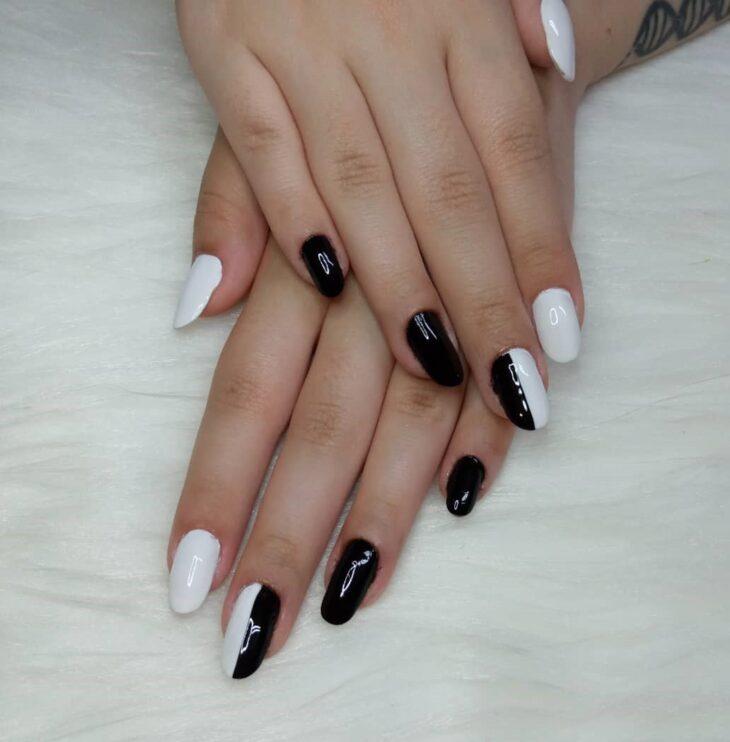 unhas decoradas em preto e branco 15