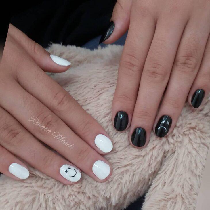 unhas decoradas em preto e branco 42