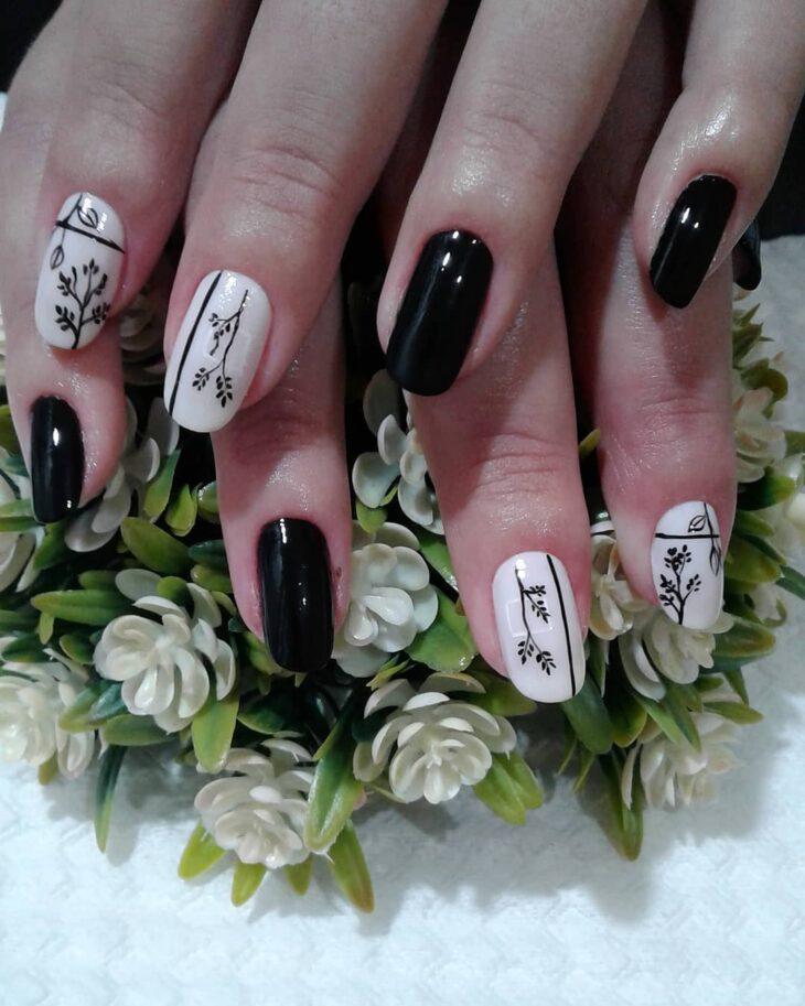 unhas decoradas em preto e branco 62
