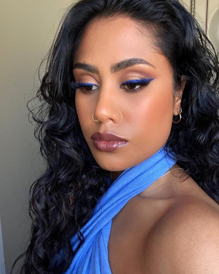 cabelo preto azulado 17