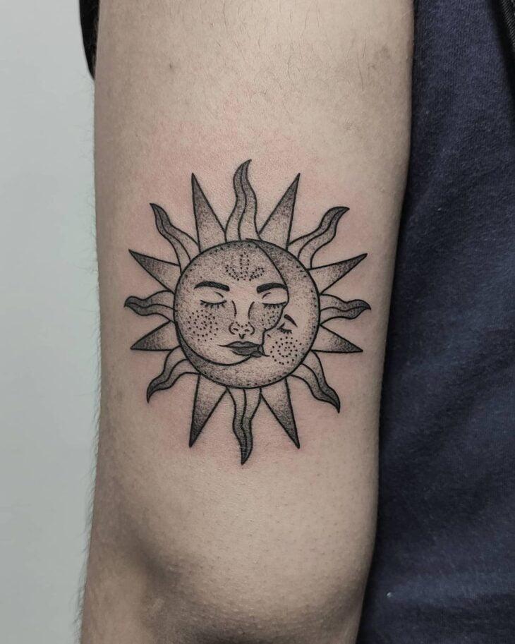 tatuagem de sol e lua 14