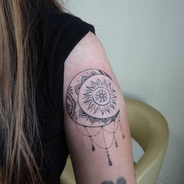 tatuagem de sol e lua 37