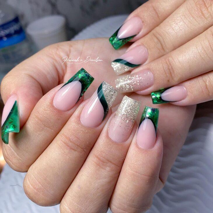 unhas decoradas verde 24