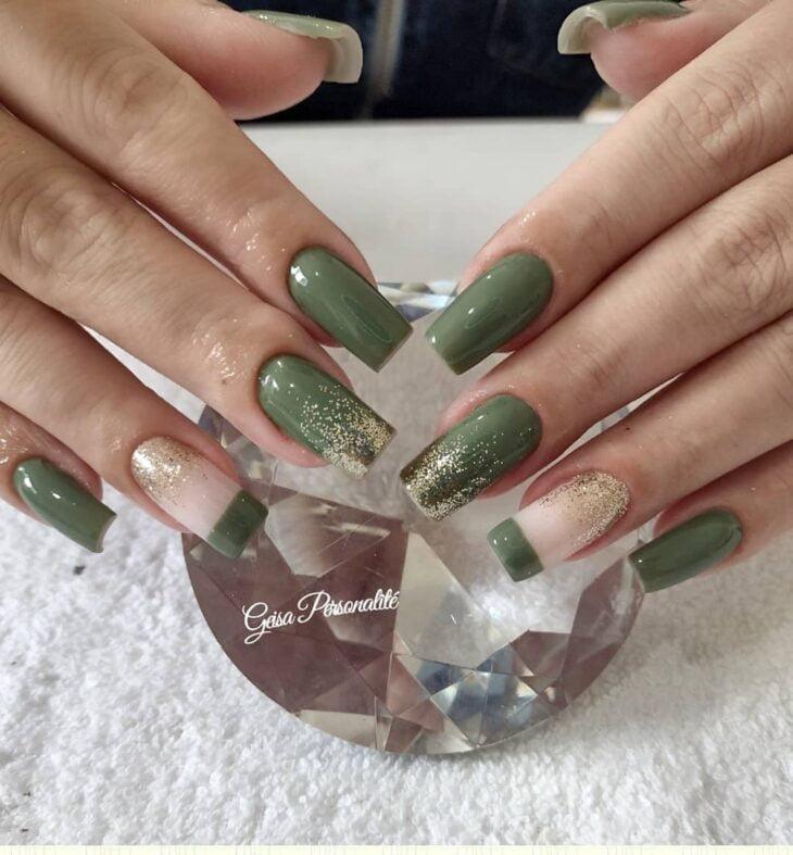 unhas decoradas verde 36