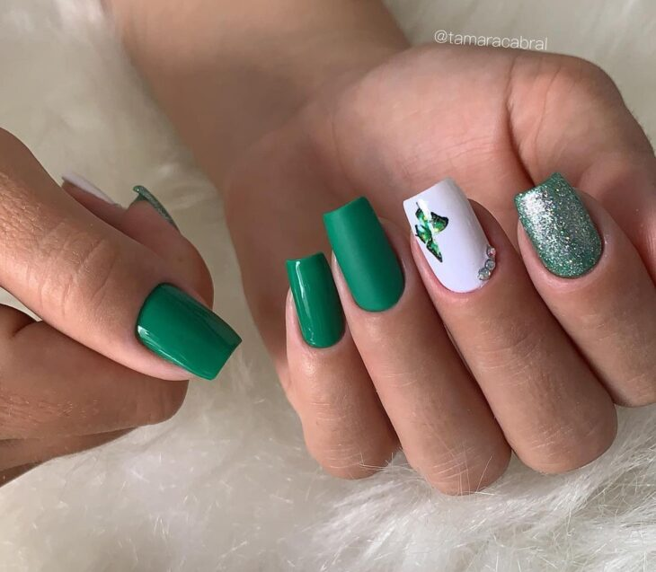 unhas decoradas verde 44