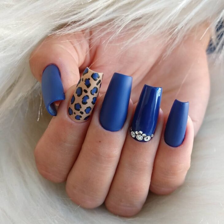 esmalte azul 20