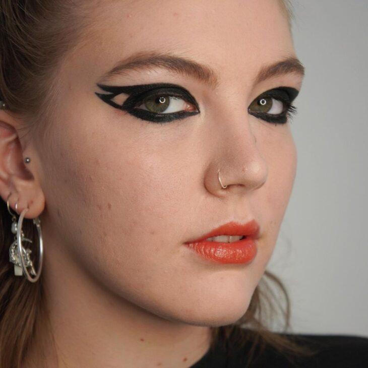 maquiagem preta 40