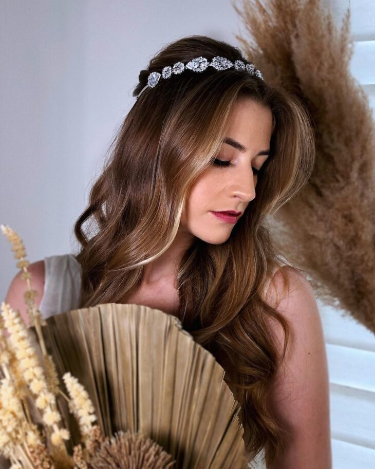penteados com tiara 19
