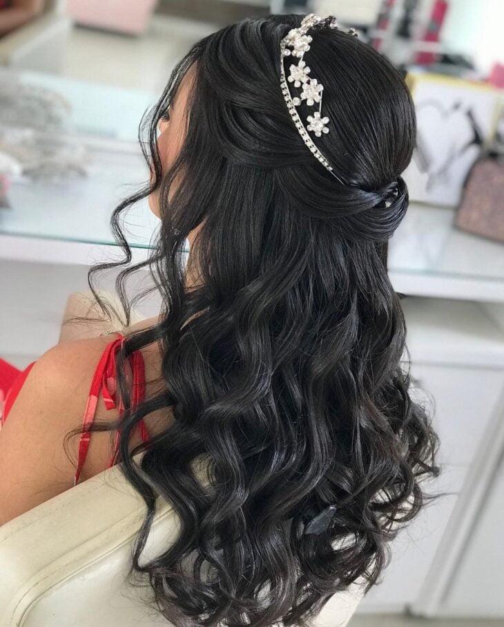 penteados com tiara 25