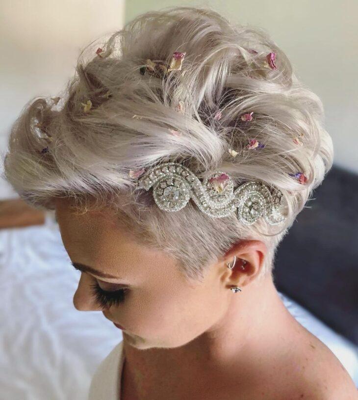 penteados com tiara 27