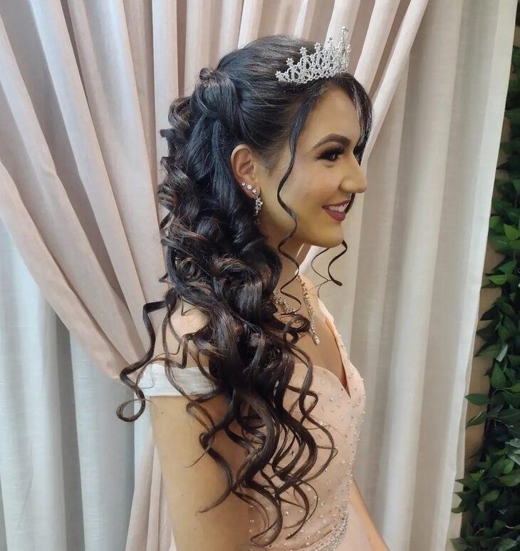 penteados com tiara 29