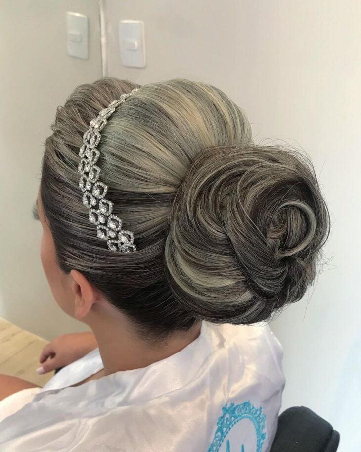 penteados com tiara 62