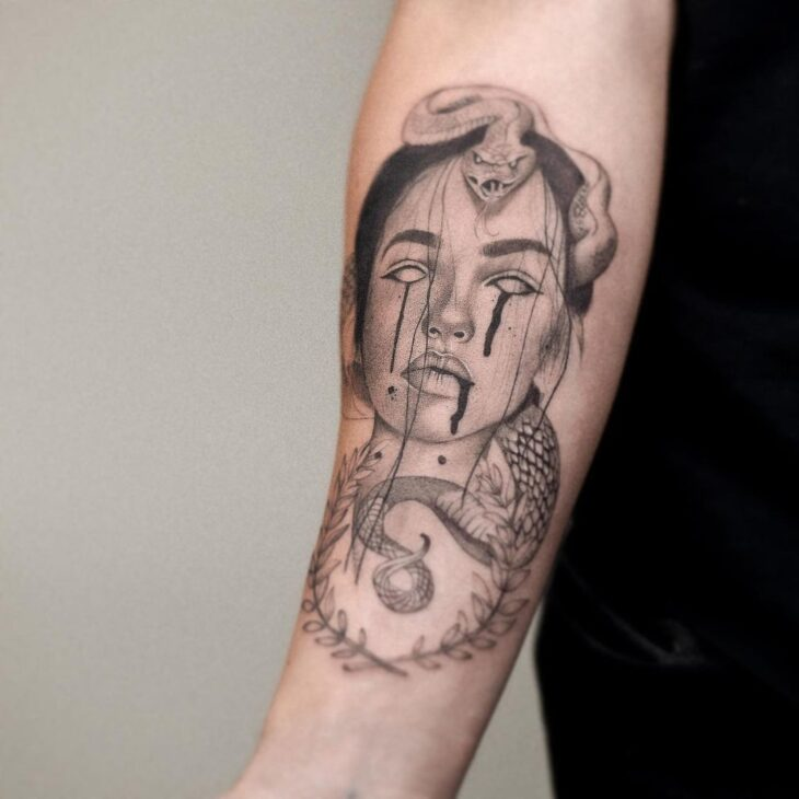 tatuagem de medusa 13