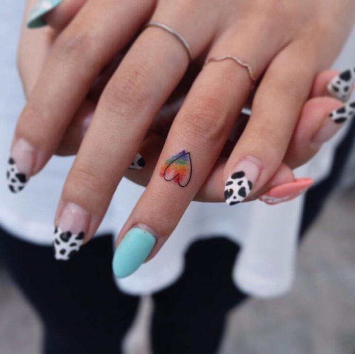 tatuagem no dedo 23