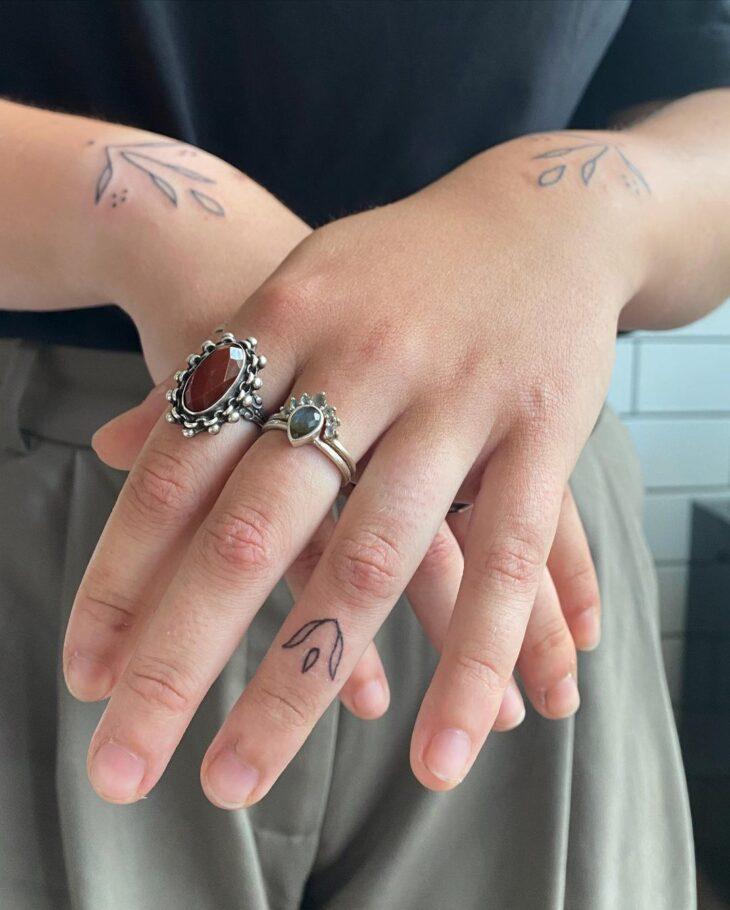 tatuagem no dedo 28