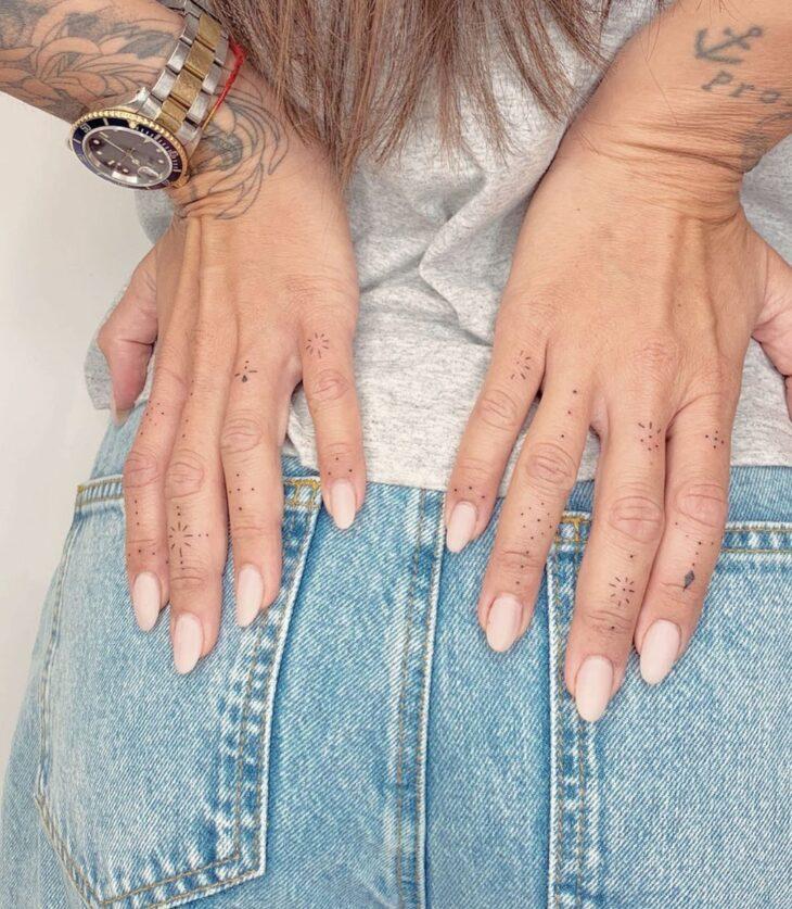 tatuagem no dedo 41