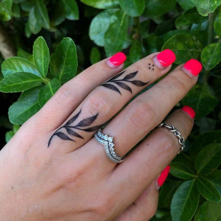 tatuagem no dedo 51