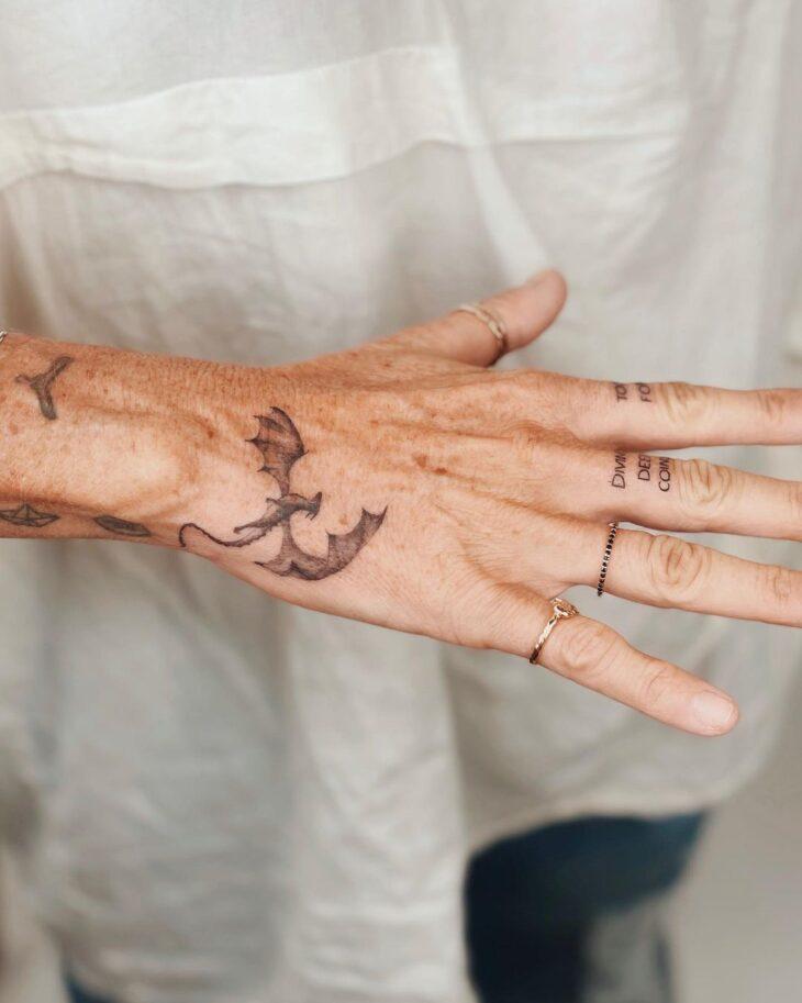 tatuagem no dedo 9