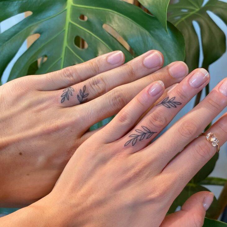 tatuagem no dedo 66