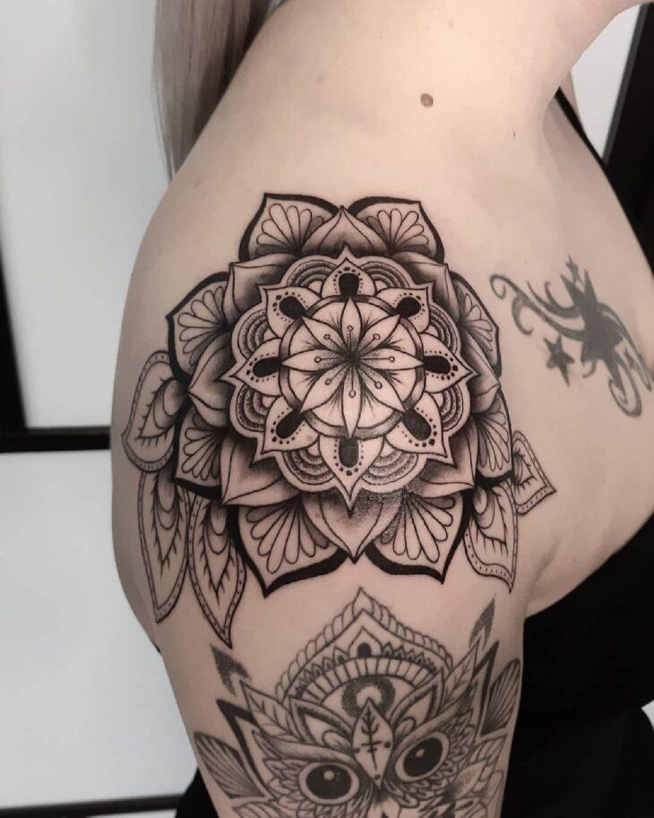 tatuagem no ombro 98