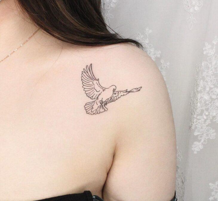 tatuagem no ombro 35