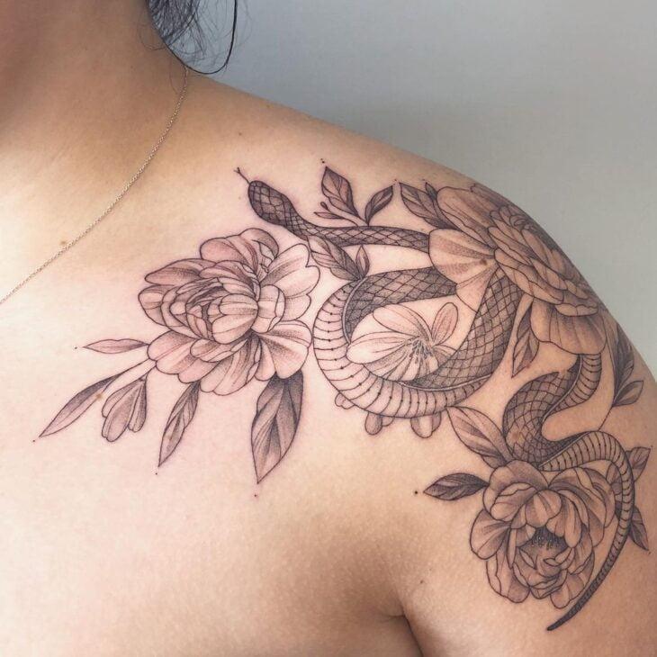 tatuagem no ombro 44