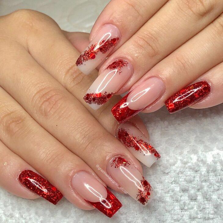 unhas vermelhas com glitter 19