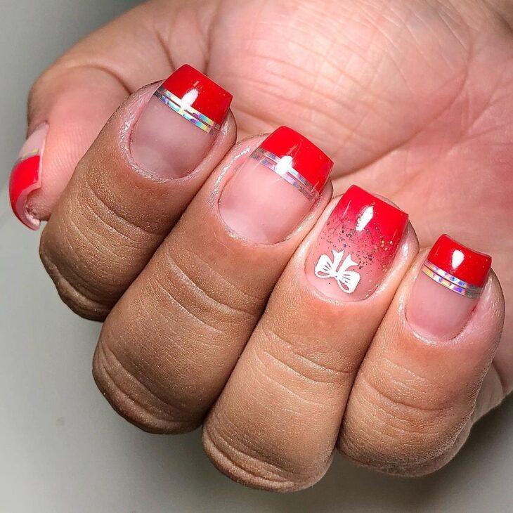 unhas vermelhas com glitter 25