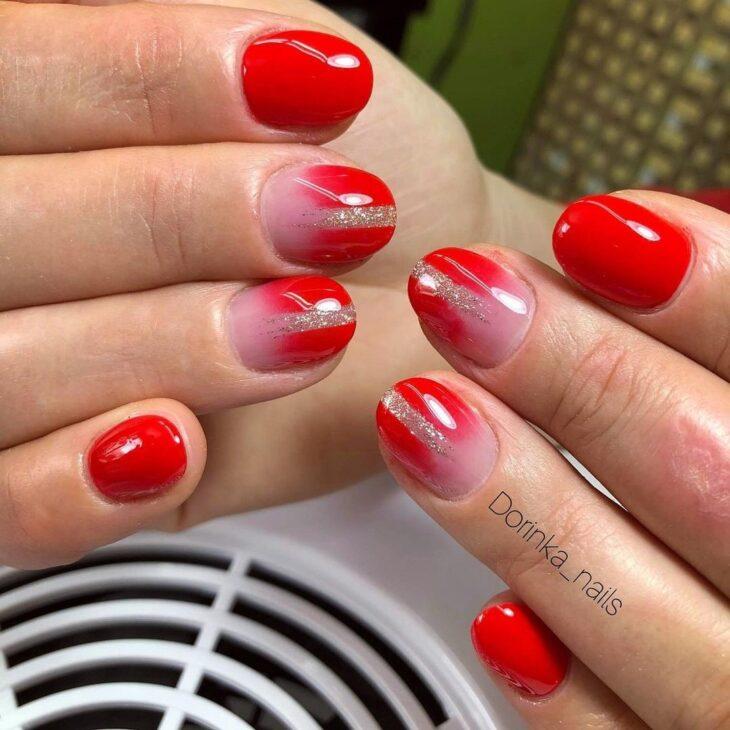 unhas vermelhas com glitter 29